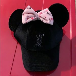 Disney Minnie cap with ears, NEW with tags